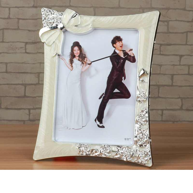 1 pcs Fashion Photo Frame Golden/Sliver 7 inch Table Picture Frames For Desk Vintage Photo Frame Gifts Hallway Home Decoration