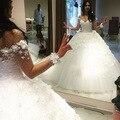 Venda quente Robe de mariage Nova Sweetehart Mangas vestido de Baile Capela Trem Beading Tulle Vestidos de Noiva Vestido de Casamento Longo 2018