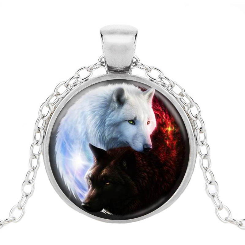 Family Decor Moon Wolf Pendant Necklace Cabochon Glass Vintage Bronze Chain Necklace Jewelry Handmade