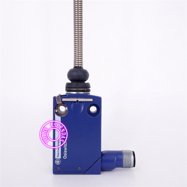 Limit Switch Original New XCMD2107C12 ZCMD21C12 ZCE07 limit switch original new xcmd2102c12 zcmd21c12 zce02