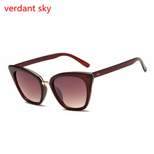 2017 New Uv400 cat eye vintage sunglasses women top fashion black oversized sexy cat eye sunglasses for women black red lentes