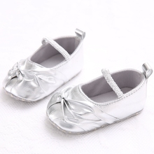 The Latest New Style Fashion New Born Baby Girl Shoes Sliver Comfortable Soft Bottom Baby Princess Shoes