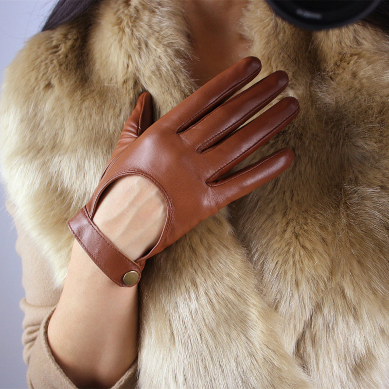 Women 39 S Touch Screen Leather Gloves Sheepskin Locomotive Showing The Back Of The Hand Brown Short Dark Button Silky Nylon Lining in Women 39 s Gloves from Apparel Accessories