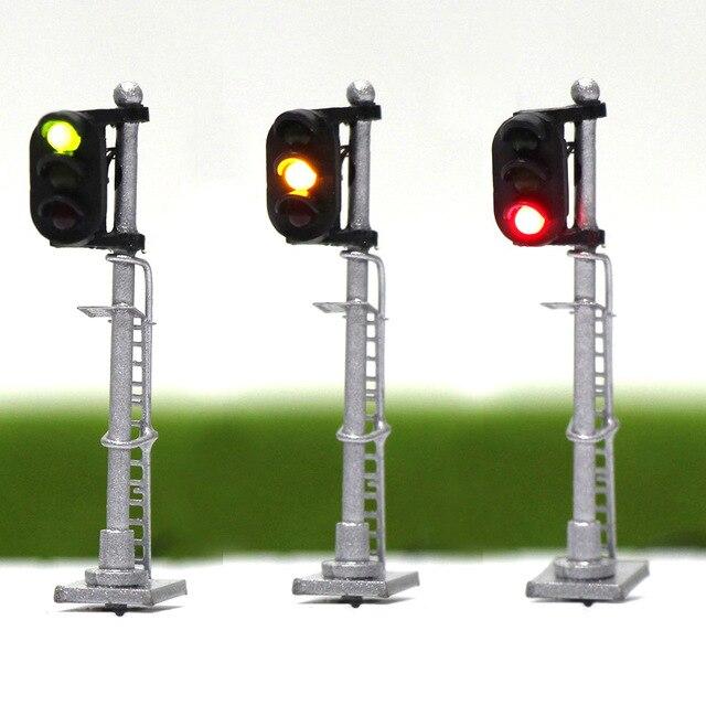 3 pces modelo ferroviário 1:150 trem sinais 3 luzes bloco sinal n escala prata post com escada 3.5cm verde amarelo vermelho jtd1503gyr