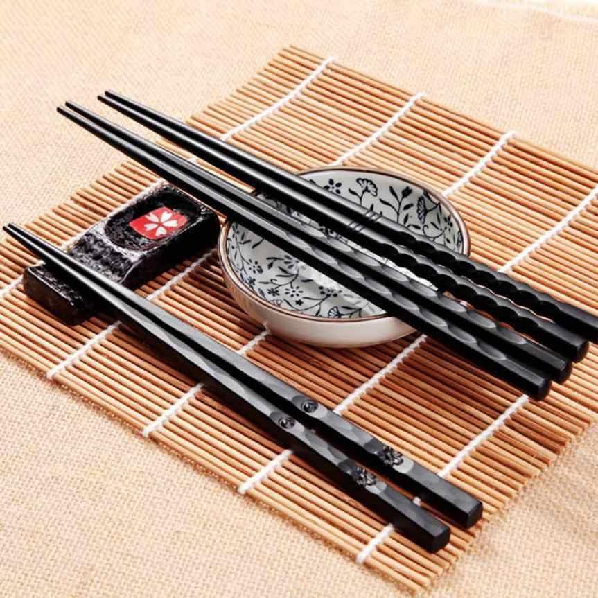 1 คู่ Reusable ตะเกียบตะเกียบญี่ปุ่นอัลลอยด์ลื่นอาหารซูชิ sticks ชุดตะเกียบจีนจีนของขวัญ