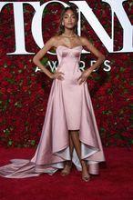 2017 Sexy Inspiriert durch Jourdan Dunn Roter Teppich-kleid Hallo-lo Rosa Schatz Abendkleid Emerald Green Satin