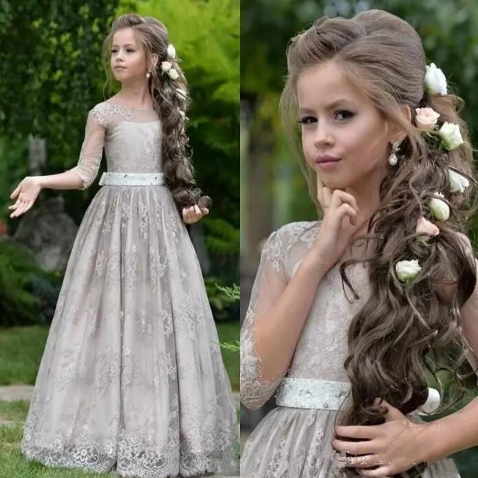 Princess Flower Girls Dresses For Country Garden Weddings Sheer Lace Appliques Tulle Half Sleeves Girls Pageant Gown