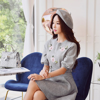 Dabuwawa Autumn Embroidery Knitted Sweater Women New Grey Sweet Floral Beading Elegant Pullover Sweater 2018 Top