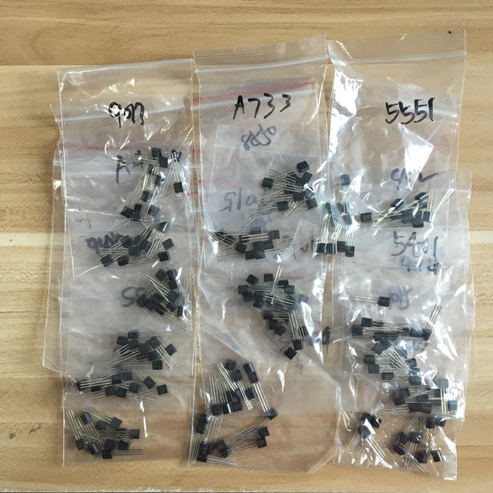 Transistor Assorted Kit (TO-92) 18kinds*10pcs=180pcs 2N2222 S9013 S9014 S9015 S9018 S8050 S8550 5551 5401 2N3904 2N3906 C1815