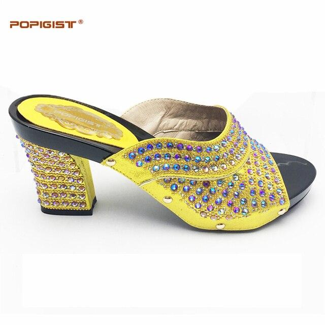 4a8d11713dcde6 Jaune chaussures Italiennes possible correspondant sac femme mode d'été  chaussures sans sac étrange talons