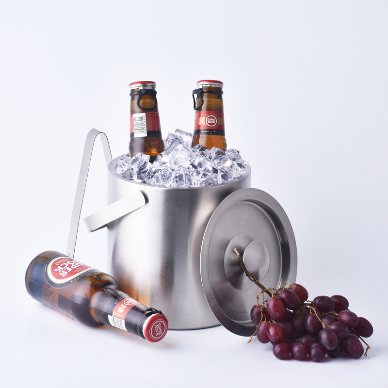 1 3L double wall stainless steel ice bucket with handle Practical Bar Container Barrel Beer Wine