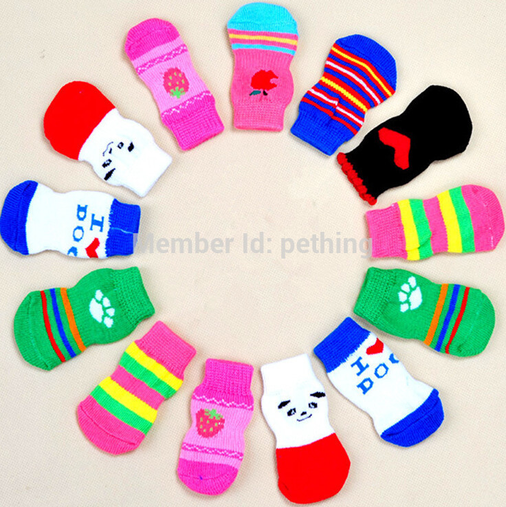 Free Shipping 4pcs/  Hot Selling Indoor Socks For Small Dog Cotton Anti-slip Knit Weave Warm Sock Dog Shoes S M L Size Suppy