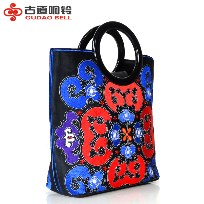 Old road bell 2018 new original retro PU cotton embroidered business business medium handbagOld road bell 2018 new original retro PU cotton embroidered business business medium handbag