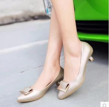 Un Con Nuevos Blanco Mujer En La Bajo Poco Hembra 2016 Arco 04 Profundo 03 02 Zapatos Una De Primavera Punta Tacón Delgada 01 OTxFq8