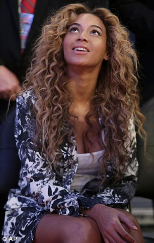Beyonce Curly Honey Blonde Full Lace Wigs Middle Part Brazilian Hair