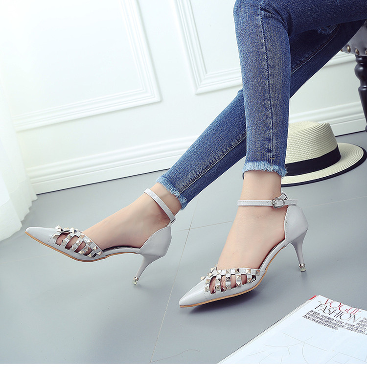 2017 Korean version of women's singles shoes deduction of sexy fine with pointed patent leather high-heeled sandals new women au tactical light led weapon light picatinny rail mount shooting hunting sf x300 ultra m7155
