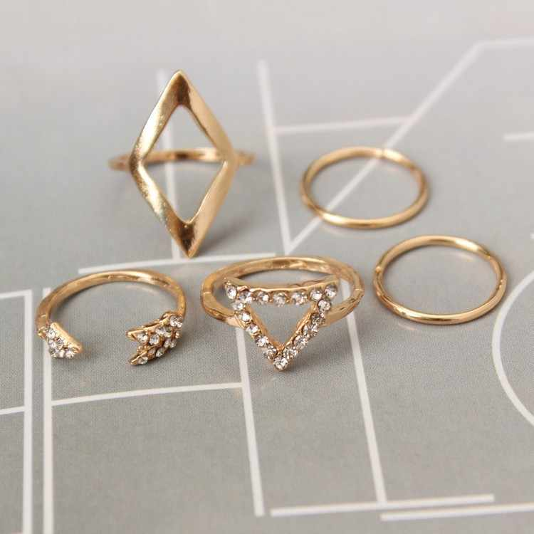 European and American fashion joker set crystal arrowhead triangular joint 5 sets of rings wholesale