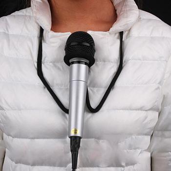 Nowy gorący mikrofon bezprzewodowy Brace-magiczne sztuczki Prop Stage Mic Holder szyi stojak magiczne rekwizyty magiczne akcesoria pokonać prezent tanie i dobre opinie LAIMALA Metal CN (pochodzenie) Unisex Jeden rozmiar GH778182 Beginner Profesjonalne Magów Etap Street Łatwe do zrobienia