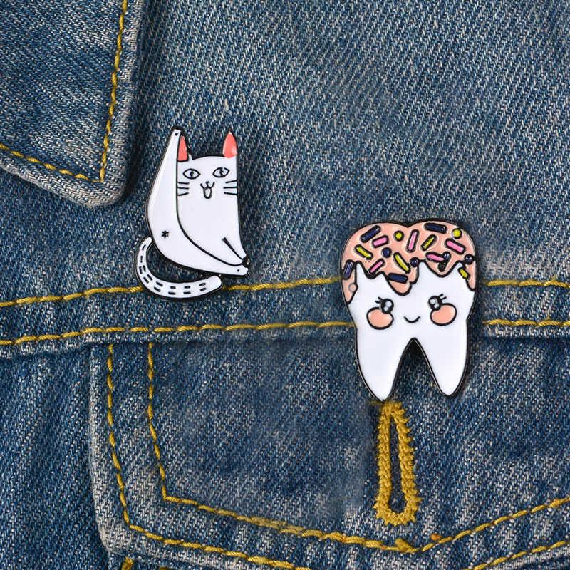 Кот зуб эмалированная брошь смешной лацкан булавка джинсы рубашка сумка мультфильм милые ювелирные изделия подарок для девочек друзей детей