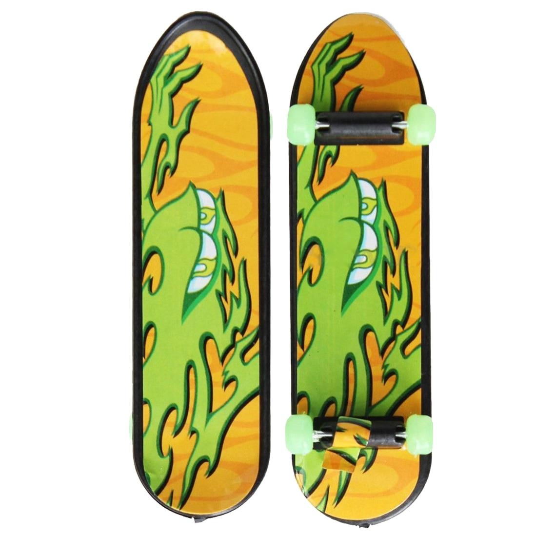 HOT SALE 24pcs/Pack Fingerboards Finger Board Deck Skateboard 3.94inch Mini Kids Games Toys