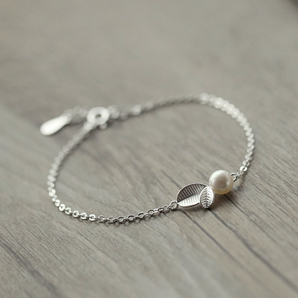 238260aed42eb 925 Sterling Silver Bracelets Cute Small Leaf Charm Thin Chain Natural  freshwater Pearl Brazalete for Women Jewelry Girl