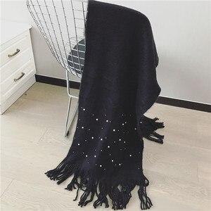 Image 4 - Luna & Dolphin bufanda de punto para mujer, pañuelo de invierno cálido, con perlas, cuentas de uñas, bufandas suaves, borla de lana, manta de Pashmina grande