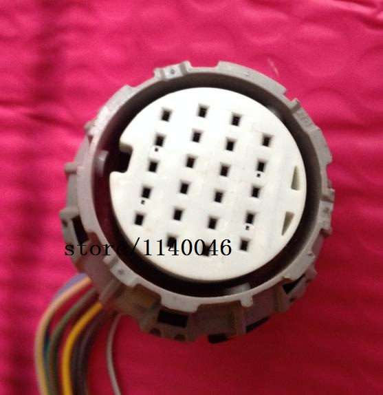 1PCS for (Used) Niss CVT  plug / harness connector / car connector / imported 1pcs for bmw computer board plug connector used 7 505 478