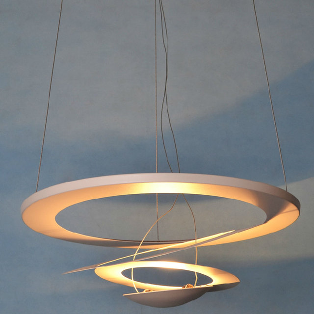 Modern Chandelier Simple Convoluted White Cyclotron Droplight Art European Dining Room Lighting Decor