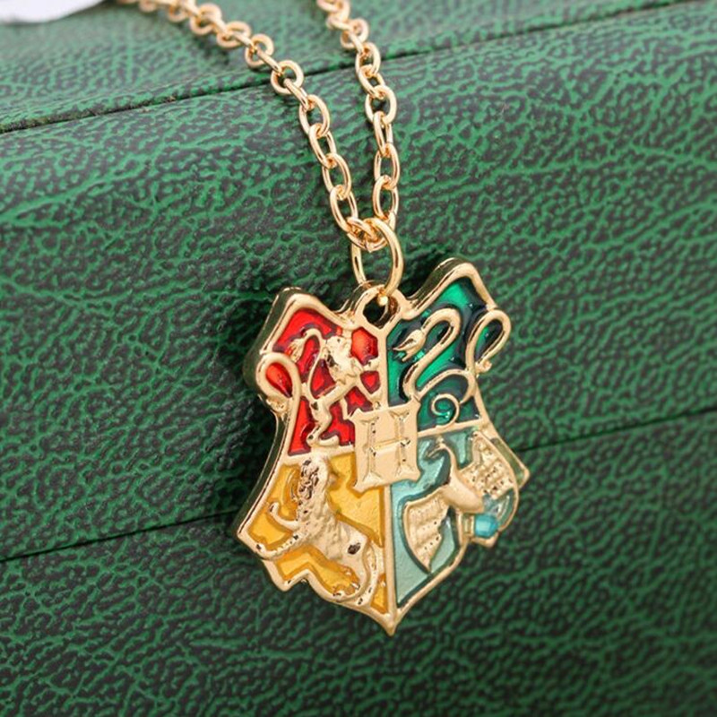 GHRQX Hot salling Fashion jewelry Harry Magic School Badge Potter Necklace movie jewelry