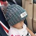Caliente 4 Colores Moda de Nueva Otoño Invierno de Los Niños Sombrero Caliente Gorros Casquillo Hecho Punto de Lana Sombrero de la Muchacha Del Muchacho Del Regalo de Vacaciones