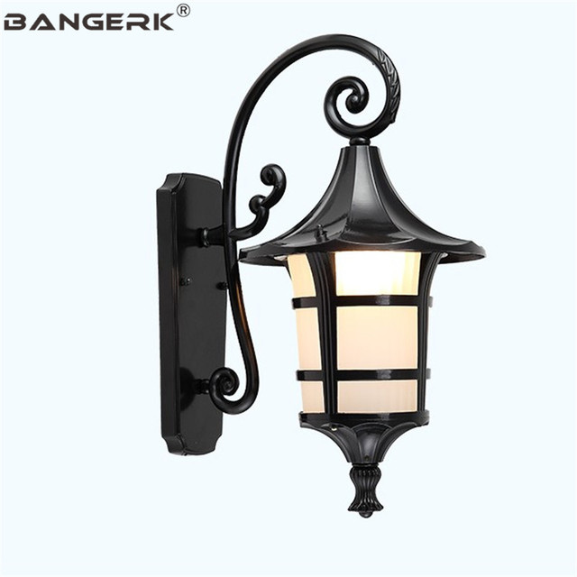 American Vintage Wall Lamp Outdoor Waterproof LED Porch Lights Wall Sconce Aluminum Glass Garden Balcony Aisle Decor Lighting