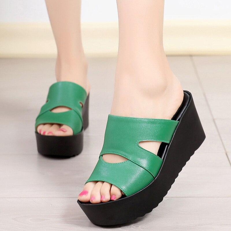 2019 nouveau élégant été en cuir pantoufles femmes sandales décontractées confortable antidérapant plate-forme chaussures femme sandales à talons compensés pantoufles