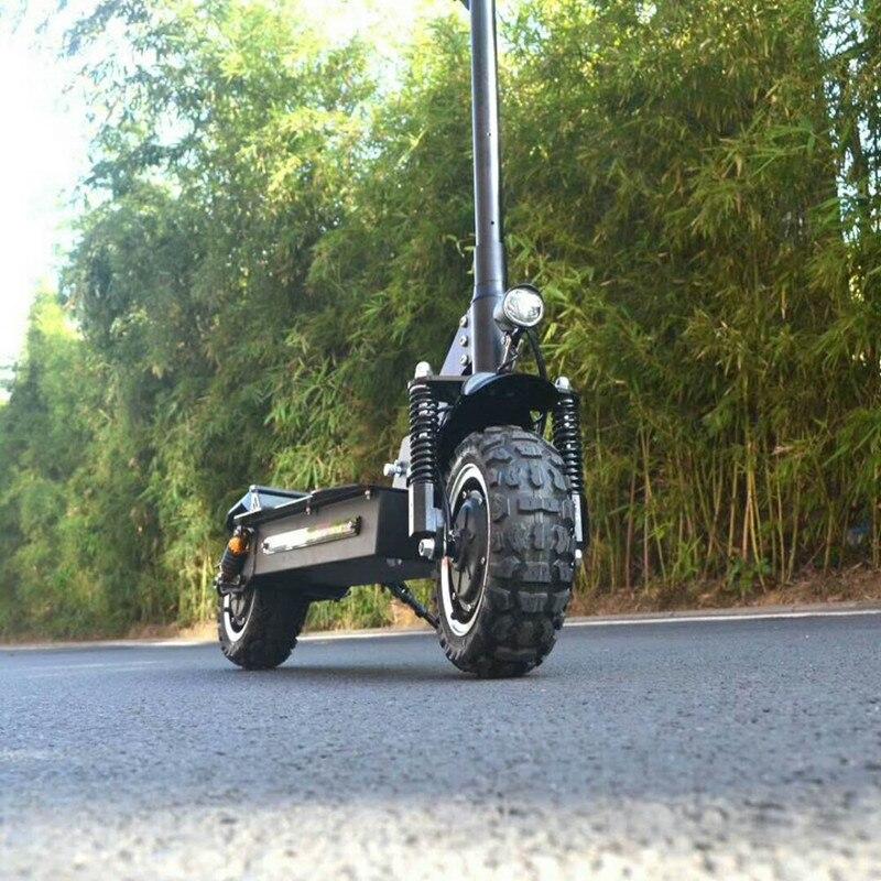 11 дюймов электрический скутер 60V2400W беговые мощный байк Максимальная скорость 65 км/ч позвонил 70-80 км Электрический открытый спорт Скейтборд