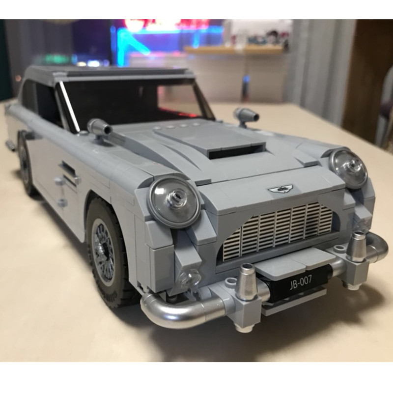 Creator James Bond Aston Martin DB5 Building Blocks Kit