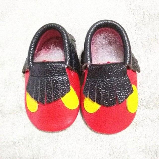 Микки и Минни Натуральная Кожа Малышей Детские мокасины Кисточкой Лук Детская обувь Первые Ходоки точка уха Обувь бесплатная доставка