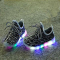 Niños casual shoes nueva moda niños sneakers shoes con led light up shoes luminoso que brilla intensamente para el bebé niños/niñas deportes shoes