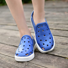 2019 Spring Summer New Couple Jelly Casual Hole Shoes Non-Slip Wading Beach Shoes Slip-On Casual Hollow out Shoes(China)