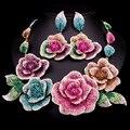 Lindos Conjuntos De Jóias de Noiva Colar de Casamento Brinco Para Noivas Acessórios Do Partido Banhado A Ouro Flores Grandes Decoração Dom Mulheres