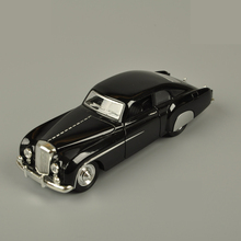 1:28 Retro Bentley Chemu Car Model Alloy Pull Back Flashing Classic Vintage Collective Car Toy