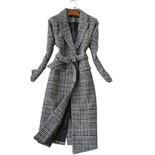 Winter ladies jacket female 2019 long thick coat woolen windbreaker temperament thin plaid elegant
