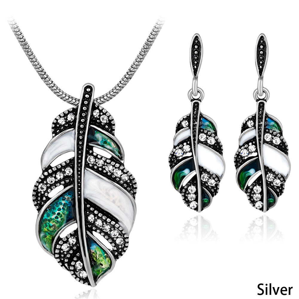 Fashion Shell Feather Jewelry Sets Women Pendant Necklace Drop Earrings Mixcolor Schmuck Sweater Accessories New Arrival