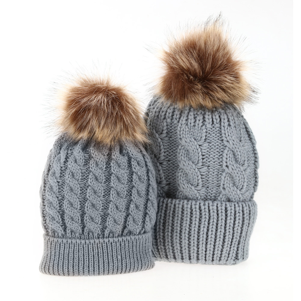 Élégant Bonnet en Tricot pour vous et votre enfant