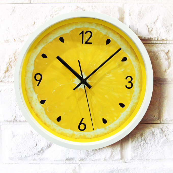 12 Inches Lemon Fruit Hanging Clocks Pastoral Mute Reloj De Pared Arts Circular Decorative Wall Clock Personality Quartz Watch