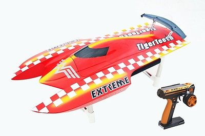 E22 RTR Tiger Teeth Fiber Glass Racing Speed Boat W/2550KV Brushless Motor/ 90A ESC/Remote Control Catamaran RC Boat Red e22 rtr tiger teeth fiber glass racing speed boat w 2550kv brushless motor 90a esc remote control catamaran rc boat white