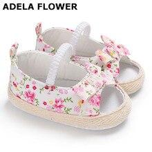 Adela/милые белые сандалии для девочек с цветочным принтом и розовыми цветами; Летняя обувь с мягкой подошвой для маленьких девочек; bebek sandalet; для детей 0-18 месяцев
