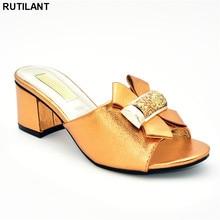 Ultimo Disegno Scarpe Più di Formato Delle Donne del Tallone Nigeriano Partito Delle Donne Pompe Eleganti Scarpe Di Cristallo Decorato con Strass Plus Size