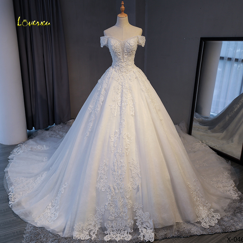 Loverxu Gorgeous Appliques Lace Chapel Train A-Line Wedding Dress 2020 Luxury Beaded Boat Neck Sexy Bridal Gown Vestido De Noiva