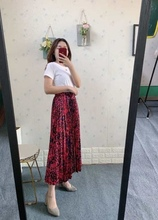 Spring's new pleated print skirt in the middle of the long women's size European and American floral high waist a-line train цена