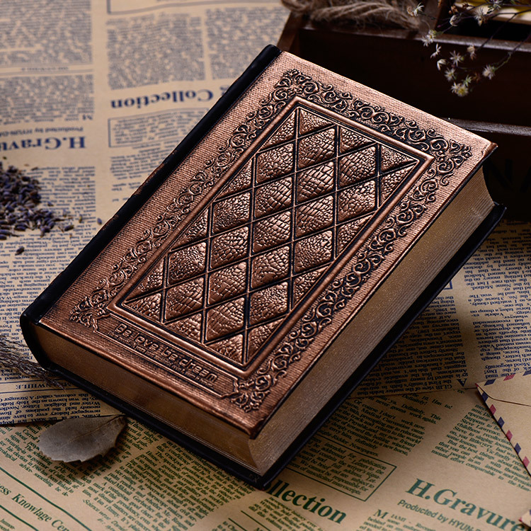 Image 2 - 416Pages Thickness Vintage Embossed Plaid Retro Notebooks European Relief Antique Gold Hard Cover Dairy NotebookNotebooks   -
