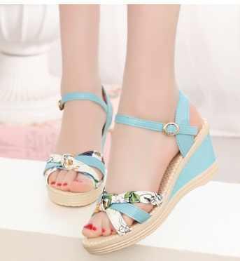 2017Hot moda de verano sandalias de mujer de estilo cuña sandalias femeninas de plataforma alta cuñas de plataforma zapatos casuales de plataforma abierta